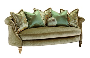 Amanda Sofa shown with:Boxed bench seatPompeii finish with Silver Cloud Leaf finish trimSilver Star nailhead frame trim