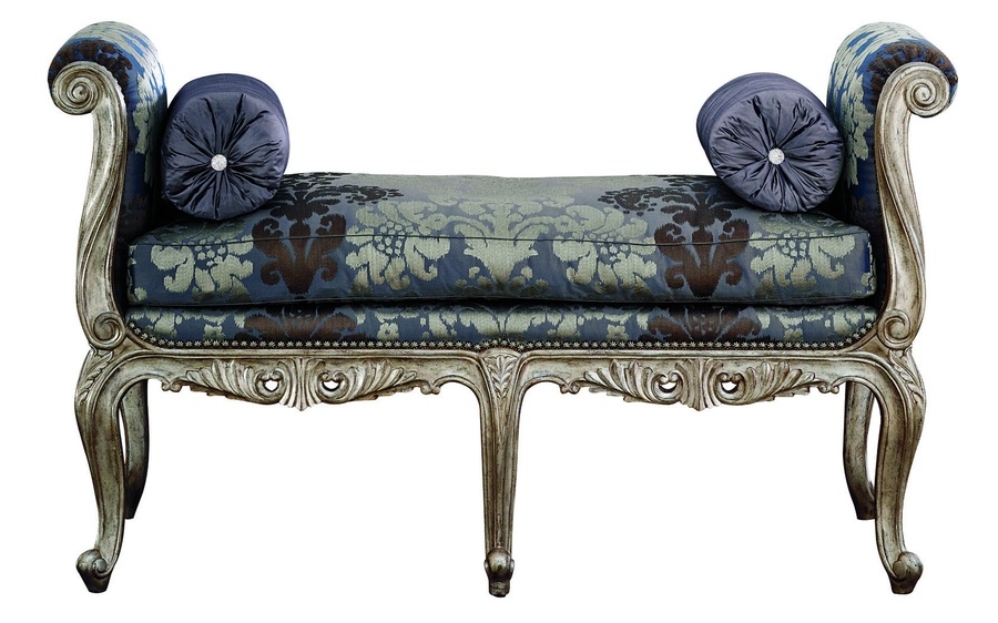 Beauvais Benchshown with:Semi-attached boxed bench seat cushionExposed carved hardwood frame in choiceof select finishes