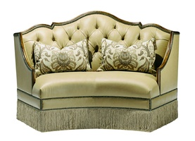 Seville Banquetteshown with:Tight seatButton tufted backHeirloom Brentwoodfinish with metal leaf finish trimBullionBronze Star nailhead frame trim