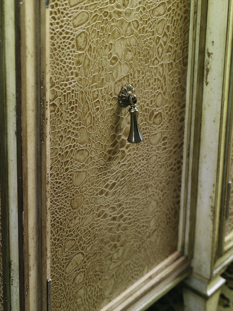 Design Folio Credenza/Dressershown with:Bombay finish with Ebony paint finish trimLeatheron doorsandside panelsBlack Glass topTransitional LegPyramid Knobdecorative hardware in Polished Nickel finish