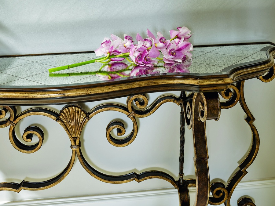 Wood Finish: AriaWood Finish Trim: Aged GoldMetal Finish: BronzeMetal Finish Trim: Aged GoldTop: Regency Glass