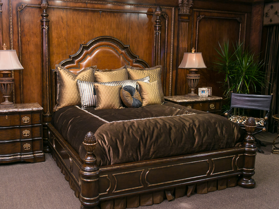 Shown on RVL91 Rivioli Low Poster Bed