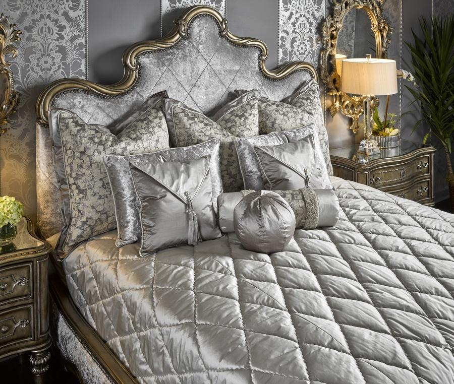 Shown on BOL11W BoleroPanel Bed