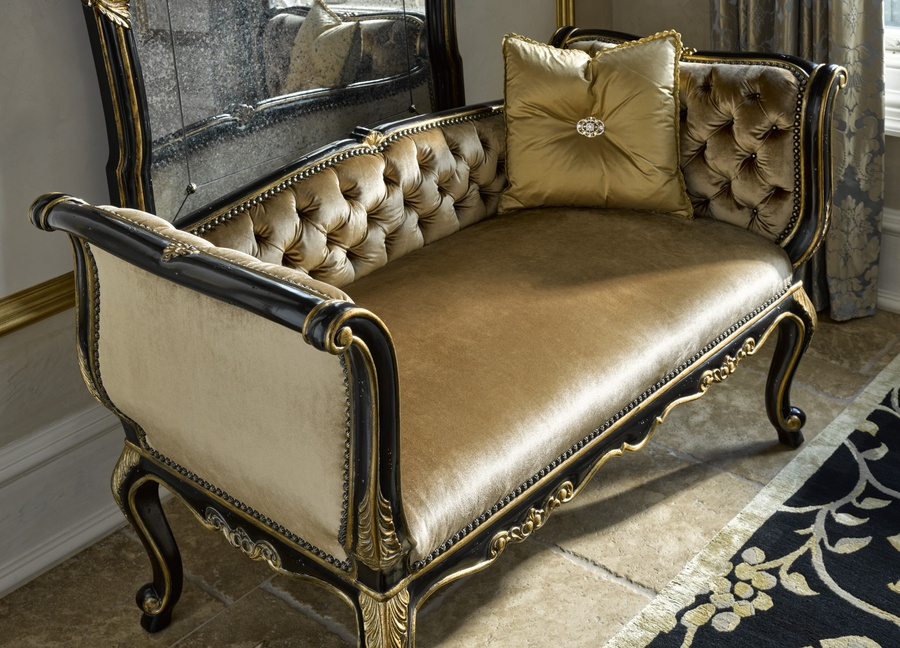 Grand Traditions Bench shown with:Noche finish Aged Gold Leaf finish trimBronze Star nailhead frame trim