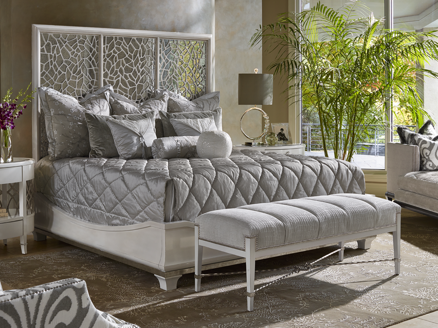 Shown on BOL11W Bolero Panel Bed