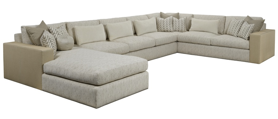 Playa Grande Sectional shown with:PLG44, PLG70, PLG73Boxed bench seatBuilt-to-the-floor basePewter nailhead frame trim
