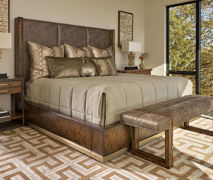 Shown on PLM11 Palms Panel Bed